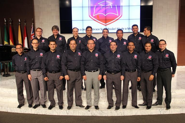 Líderes de Jovens Adventistas de oito países da América do Sul, que receberam orientações para impulsionar o Ministério de Universitários Adventistas