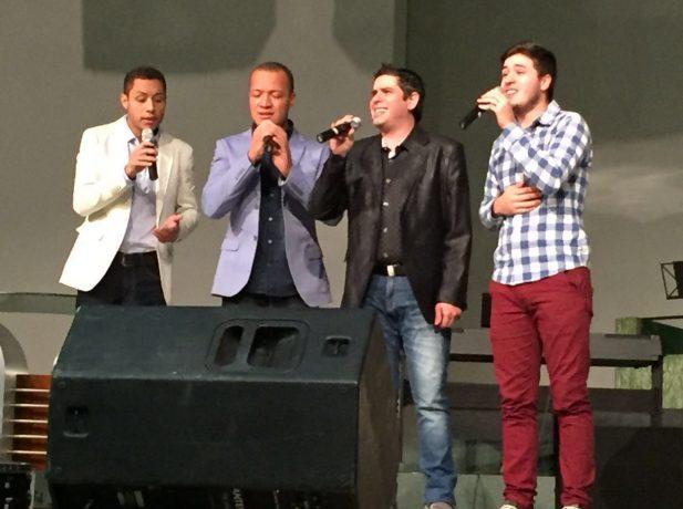 Vox canta em Encontro de Quartetos