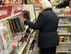 SELS disponibiliza produtos Alimentícios e literaturas para todas as idades.