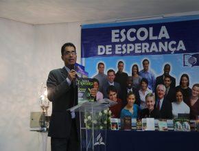 Pastor Reones Nunes: Temos que levar esperança para todas as pessoas