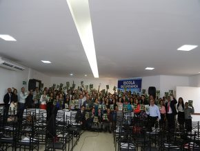 Líderes treinados e motivados para espalhar a mensagem de esperança