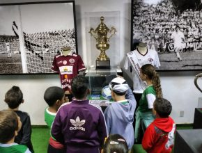 As crianças conheceram o museu e o estádio, além de várias curiosidades sobre esporte. Foto: colaborador local