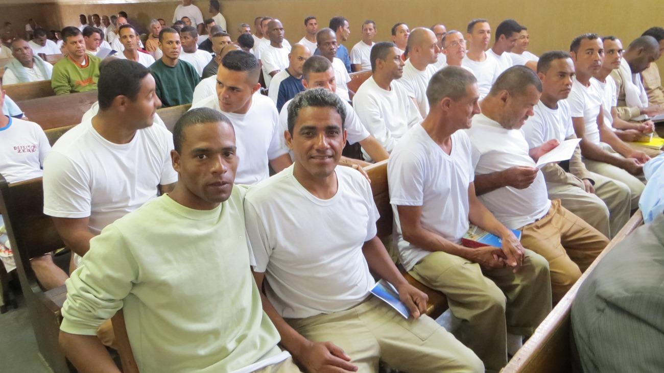 Mais de 60 membros frequentam a igreja do presídio de Sorocaba