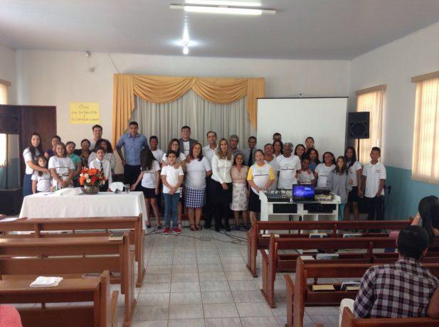 Adventistas da IASD São Conrado que fazem parte de um Pequeno Grupo.