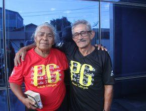 Os PGs são uma segunda família na qual todos compartilham alegrias e tristezas e oram uns com os outros