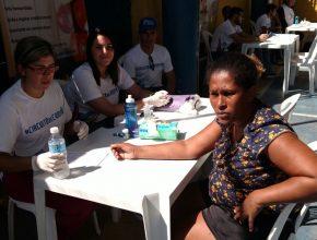 Orientacoes-sobre-saude-chegam-a-1262-pessoas-no-Rio4