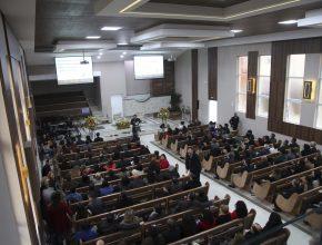 O templo substituiu a estrutura anterior de 27 anos atrás, que até então atendia a comunidade adventista local.