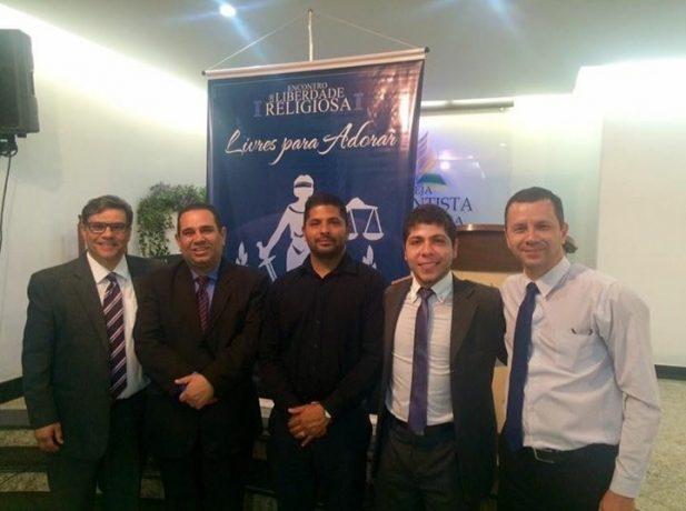 Pastores e advogados palestram sobre liberdade religiosa em Alfenas
