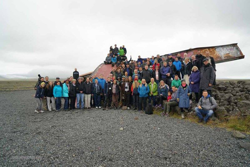 Educadores-e-pastores-europeus-estudam-a-criacao-na-Islandia