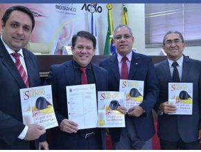 A Aprovação do projeto de lei visa, além de um dia comemorativo, apoio para o Quebrando o Silêncio no município