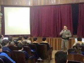 Em Lajeado, campanha ganhou apoio da Polícia Militar, que colaborou com palestras e exposição de dados estatísticos em relação às consequências do alcoolismo.