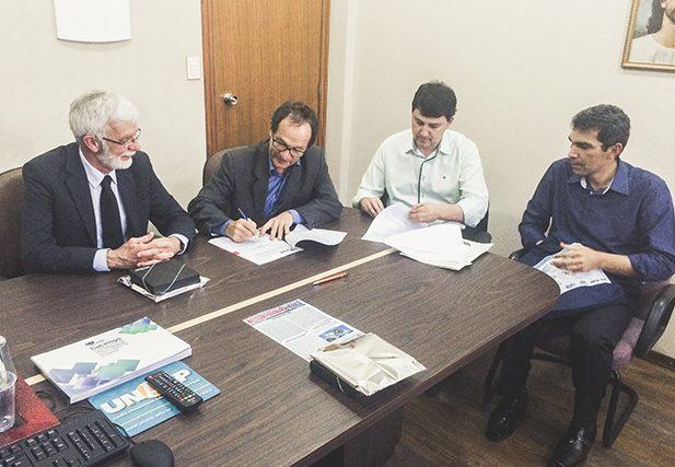 O convênio permite a troca de conhecimentos e desenvolvimento de pesquisas científicas, numa espécie de intercâmbio acadêmico.