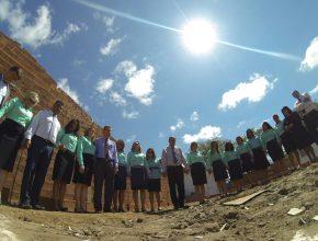 Mulheres da ULB se unem e mensagem de esperança chega a Taquinho através do Santuário de Esperança.