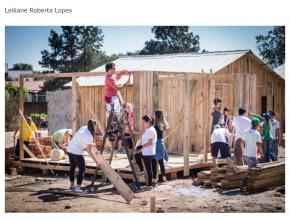0609 - Jovens constroem casa para família que perdeu tudo em incêndio
