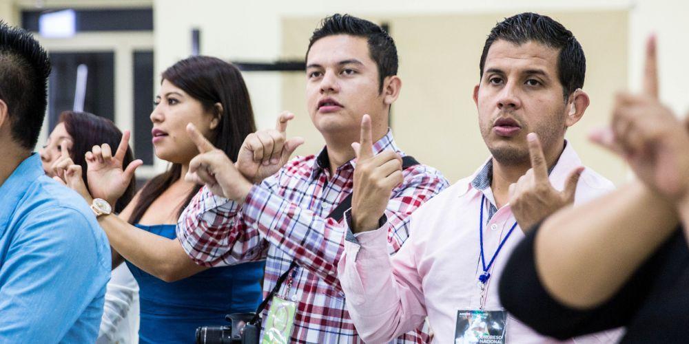 surdos-adventistas-no-mexico-sao-desafiados-a-partilhar-sua-fe2