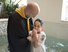 E as comemorações fecharam com um lindo batismo
