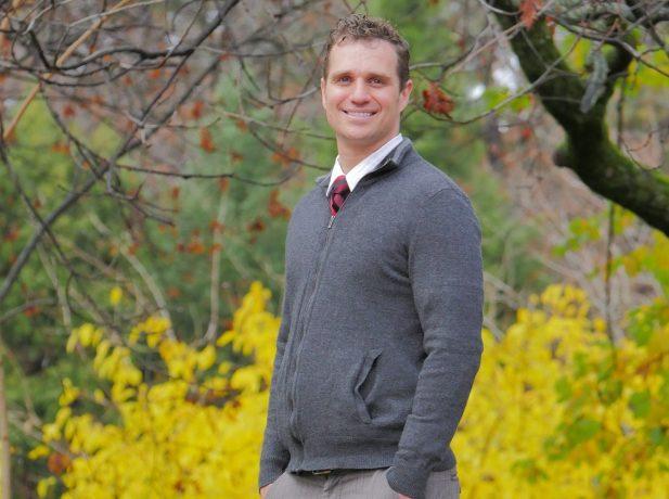 Ex-cineasta adventista, Scott Mayer, é palestrante e atua em um ministério de evangelismo pessoal chamado Little Lights.