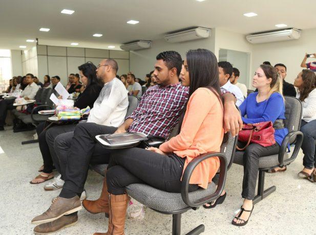 O Curso de Noivos reuniu 28 casais na sede administrativa da Associação Rio Sul.