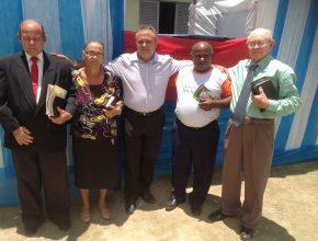 Pioneiros são homenageados no dia da reinauguração