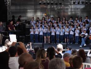 Apresentação do Coral de Flautas, dos alunos do Colégio Adventista do Brooklin.