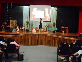 Em Rio Branco, no Acre, a líder do Ministério da Criança e do Adolescente da UNoB, Milca Souza, e a psicóloga Mariza Wolff foram as palestrante do evento