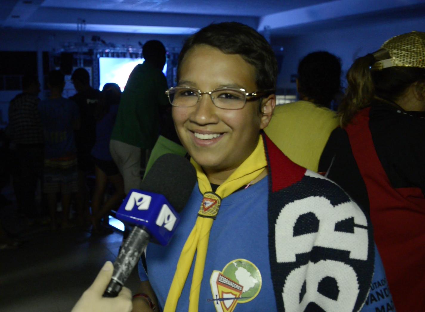 Ana Caroline em entrevista para a TV Novo Tempo