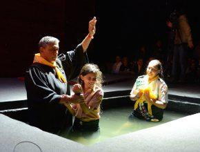 No total 28 pessoas foram batizadas durante as programações