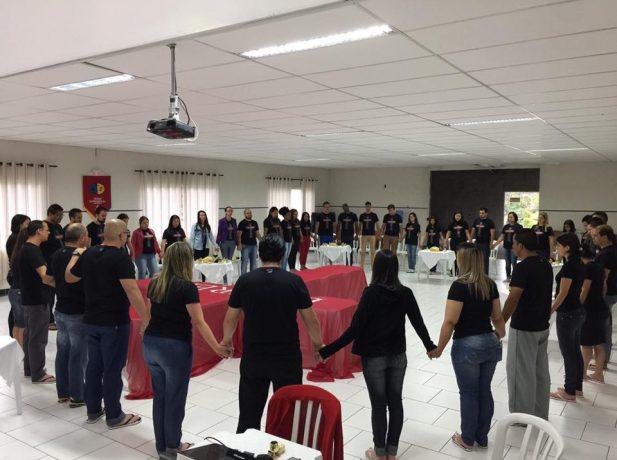 A equipe estará à frente das atividades do Ministério Jovem para 2017.