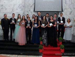 14 estudantes formandos participaram da comemoração. Foto: colaborador local