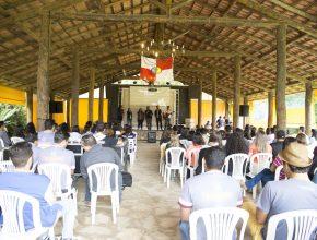 Jovens reunidos em São Roque na Convenção Jovem.