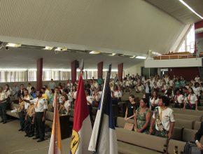 Líderes locais de Desbravadores, Aventureiros e participantes da Missão Calebe estiveram presentes.