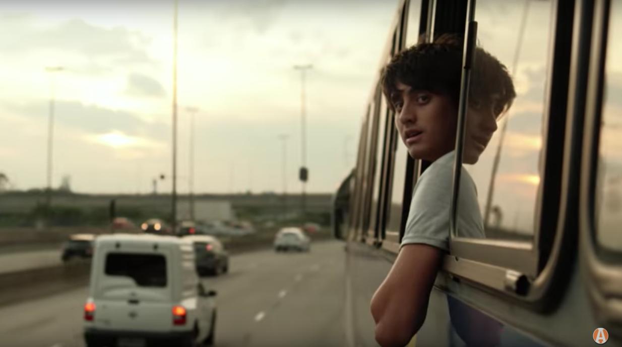 Objetivo é que documentário possa motivar alunos a perseguir suas metas apesar das dificuldades. Foto: Reprodução Youtube