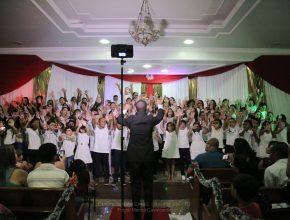 No repertório foi apresentada a canção Nasceu Jesus - Iveline para Crianças