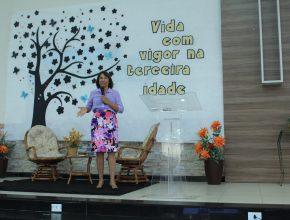 A Psicóloga Creunete Cardoso deu orientações de como envelhecer com a mente saudável