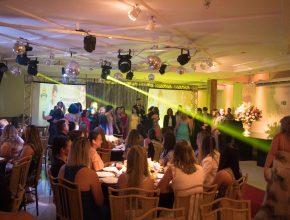 Noite de celebração premiou escolas pelo bom desempenho no ano de 2016.