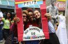 Juventude carioca espalha amor e solidariedade pelo Rio
