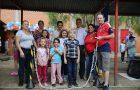 Circuito de atividades físicas une pais e filhos em escola da rede pública de Chapecó