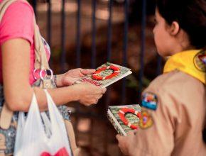 Mais de um milhão de sul-mato-grossenses recebem o livro Em Busca de Esperança