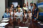 Clubes de Aventureiros e Desbravadores visitam prefeito de Votuporanga