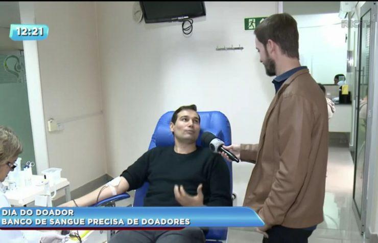 Grupo cria rede com 80 doadores de sangue regulares – RIC TV (Record PR)