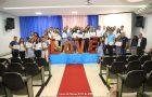 Noivos recebem orientações sobre a vida matrimonial durante curso