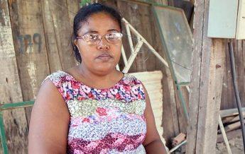 A dona de casa Vanuza Brito presencia um drama em sua própria casa. (foto: ASPa)