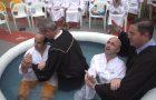 Evangelho alcança presidiários em Itajaí e 55 são batizados