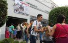 Voluntários atendem população após terremotos no México