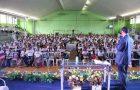 Encontro motiva e capacita para evangelismo público