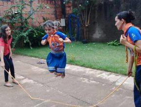 Ana Luiza participa de circuito de atividades do Aventuri Online.