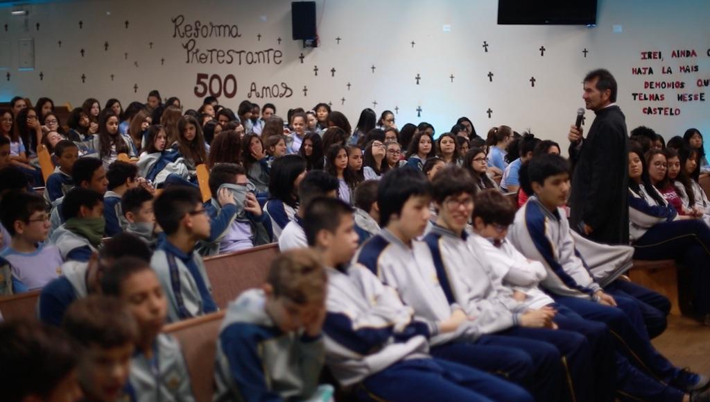 Colégio Adventista promove peça sobre Reforma Protestante