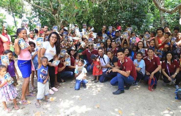 Educação Adventista e Sociedade Bíblica do Brasil realizam o Natal dos Ribeirinhos