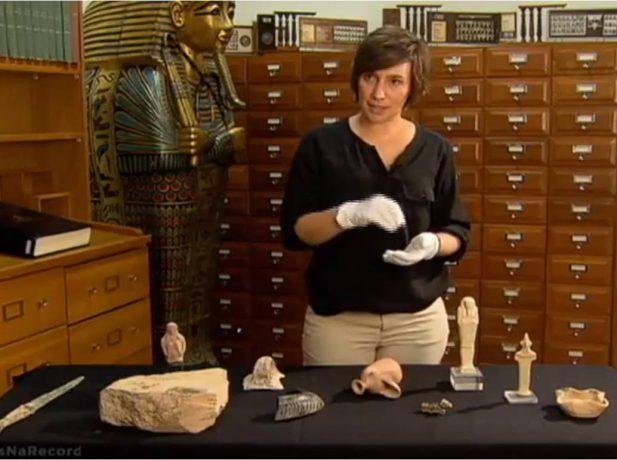 Dra. Christie Chadwick em entrevista ao documentário da Record TV