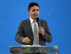 Pastor Francisco Coelho é o líder de Evangelismo e Ministério Pessoal no sul do Pará.